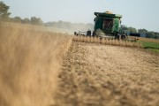 U.S. Top farm lobby applauds new NAFTA agreement