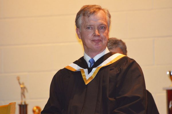 Kemptville College graduation address slams province for neonic ban