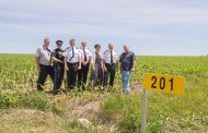 EASTERN ONTARIO: Farm 911 sign initiative plants in its first field
