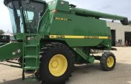 20-year-old John Deere 9410 combine sells for $89,000 at Spencerville auction