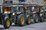 Quebec farmers roll into Montreal to protest propane shortage
