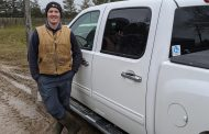 WESTERN ONTARIO: Farmer stops truck theft by hanging on to truck for dear life