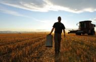 Farmers furious about feds Carbon Tax hike