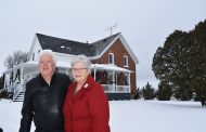 EASTERN ONTARIO: Farm couple sells farm, donates $1 million to local hospital