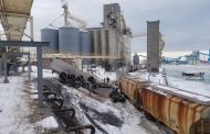 Pea-filled train at Goderich elevator jumps track, smashes transport truck, pick-up truck, building