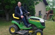 Former OFA president named to Ontario Agricultural Hall of Fame; Roger George of Powassan