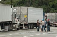 Global trend backing up supply chains: Canada short 18,000 truck drivers